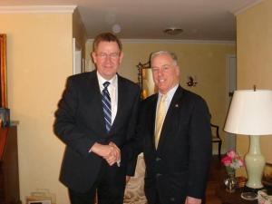 Howard Dean with Party of European Socialist (PES)