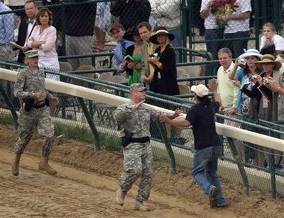 military at kentucky derby